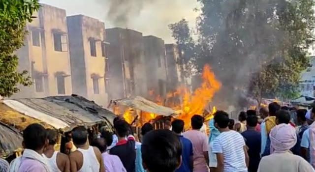 सिलेंडर से लगी आग, 5 दुकाने जल कर हुई राख - newsonfloor.com