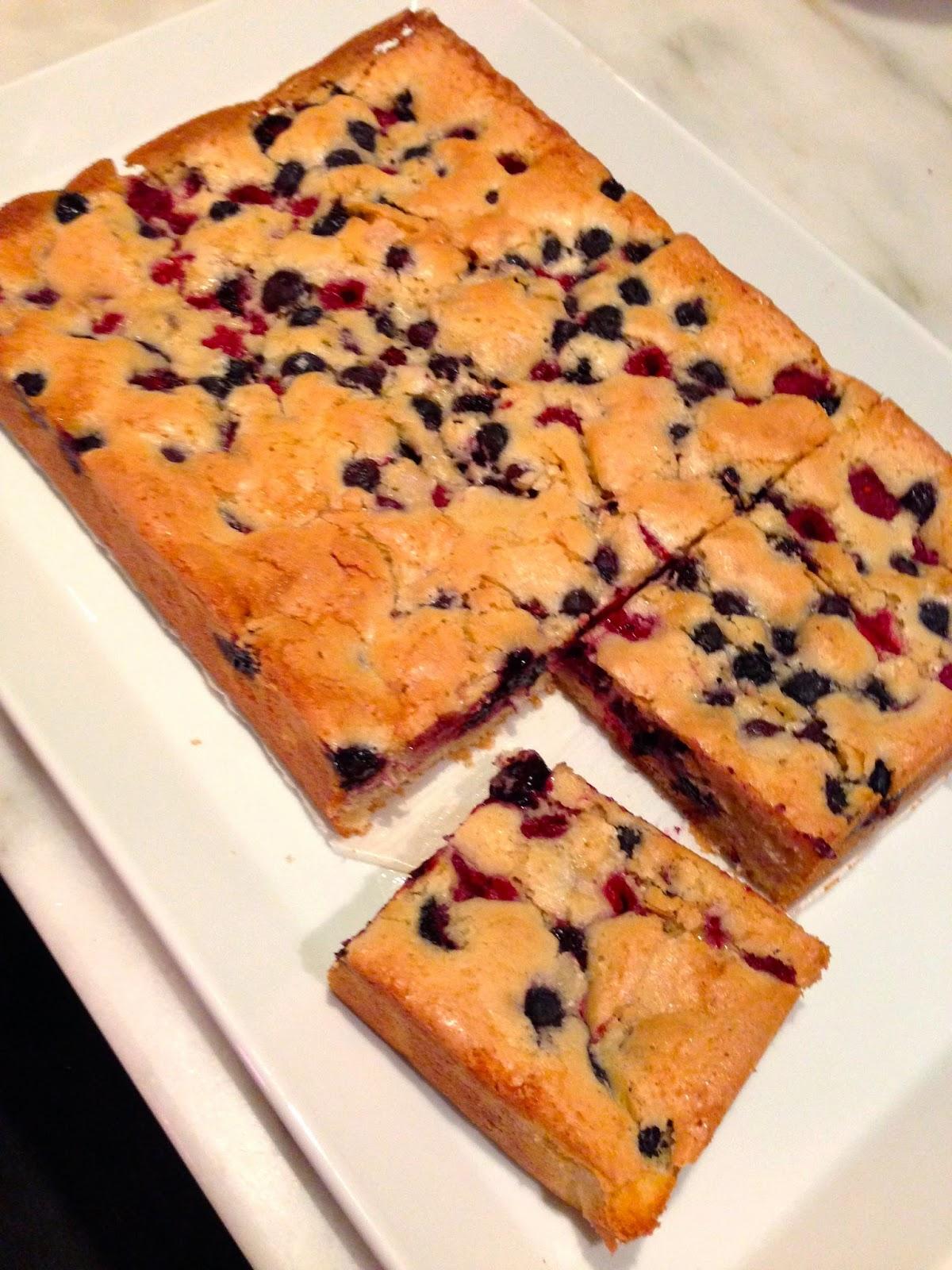 Martha Stewarts Cornmeal Berry Sheet Cake