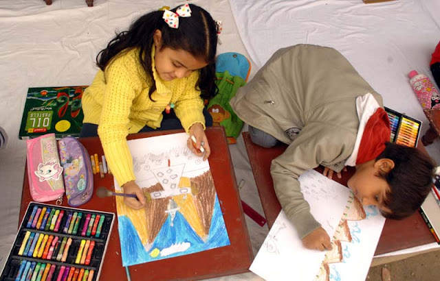 Sit & draw competition in Darjeeling schools by Kolkata academy