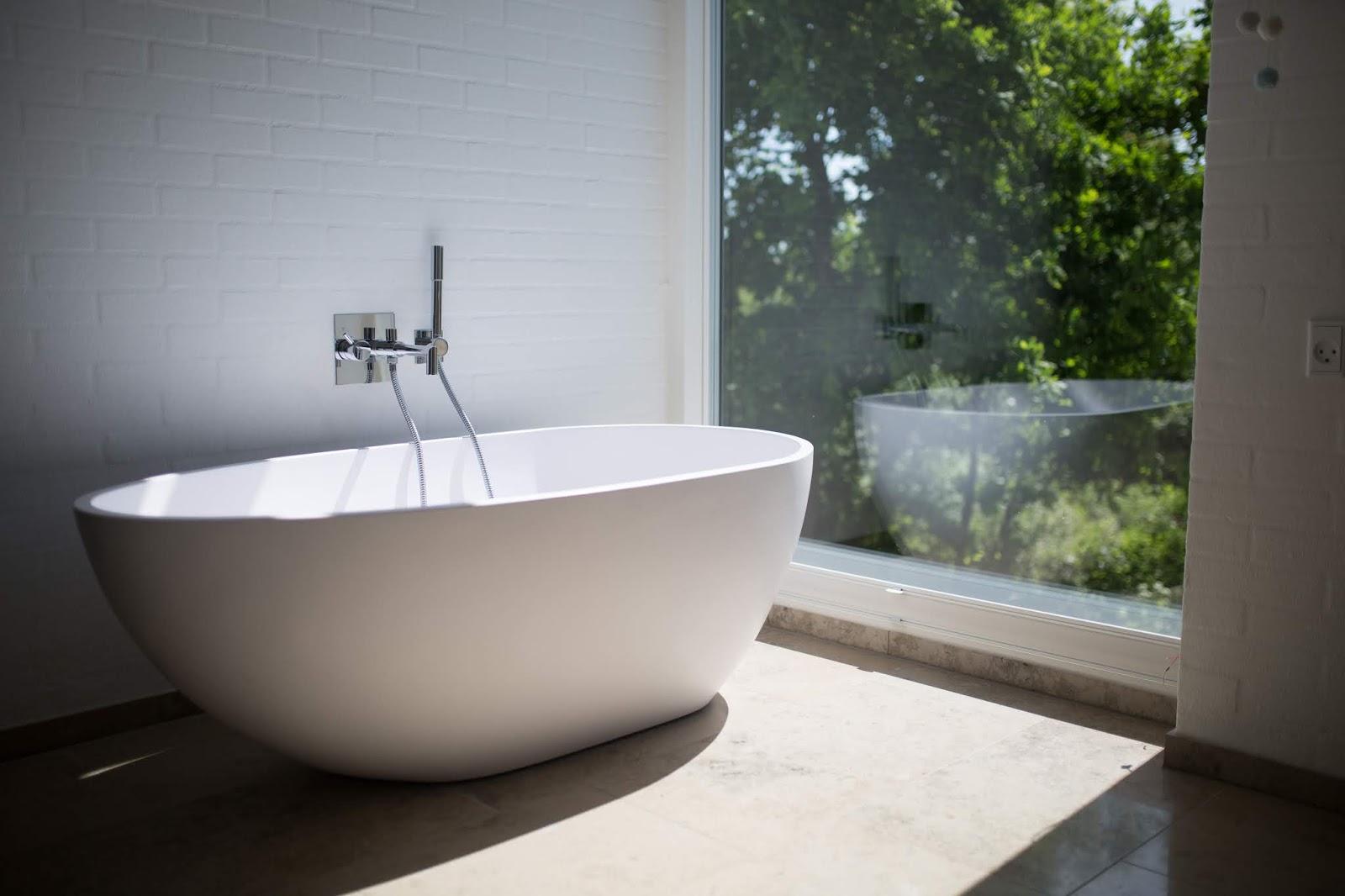 Inspiracje mieszkaniowe - łazienka, czyli najtrudniejsze pomieszczenie do zaprojektowania | styl klasyczny, nowoczesny, skandynawski