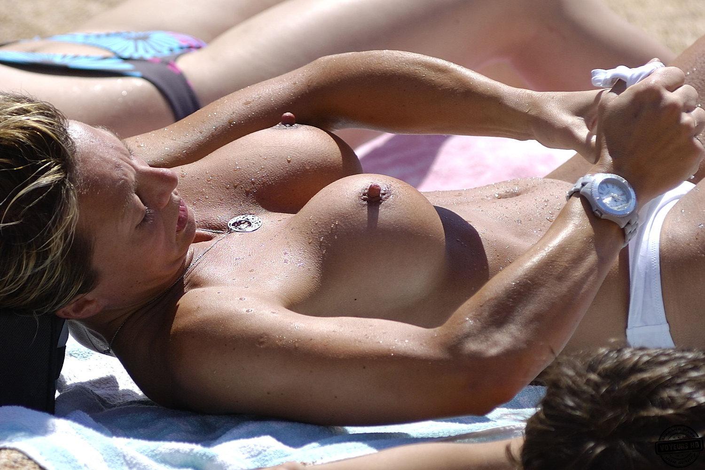 Get nipple nude