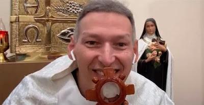 imagem do Padre Marcelo Rossi