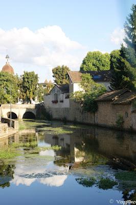 Il fiume che costeggia parte del centro di Beaune