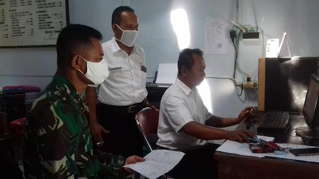 Upaya Mencegah Wabah Covid-19 Babinsa Ceper Lakukan Pendataan ODP Di Kantor Kelurahan
