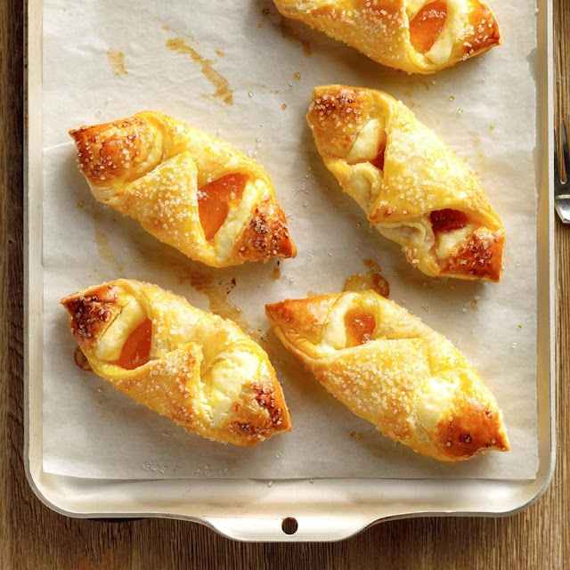 New Year's Day Brunch Ideas | Puff Pastry Danishes