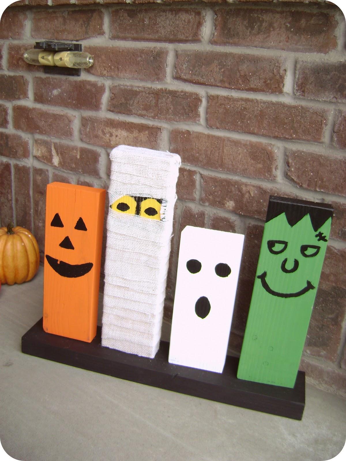 la famille noire diy wooden halloween decorations. Black Bedroom Furniture Sets. Home Design Ideas