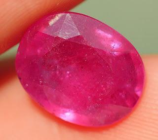 Batu Ruby Madagaskar