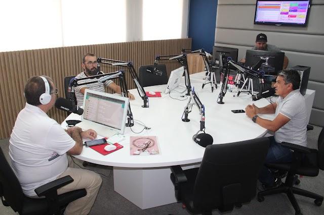 Preparativos para a alta temporada de feiras no Moda Center é tema de entrevista na Polo FM