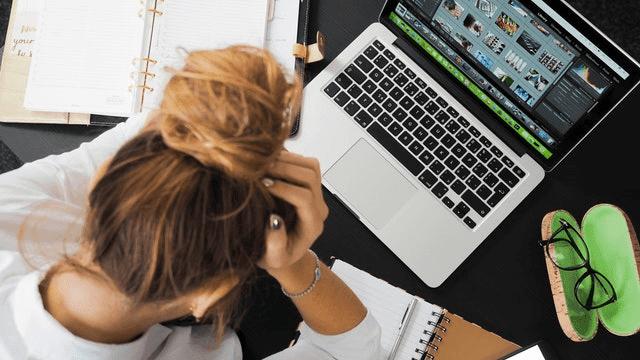 laptop lemot membuat pekerjaan terhambat