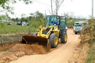 http://vnoticia.com.br/noticia/4001-comeca-manutencao-de-estradas-vicinais-em-sfi-apos-parceria-entre-prefeitura-emater-e-cidennf
