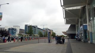 空港の外の写真