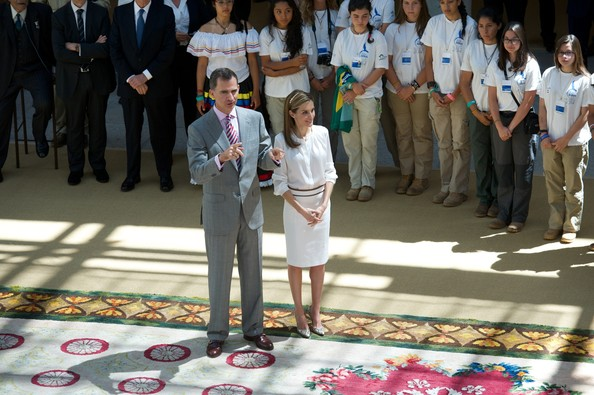 King Felipe and Queen Letizia at a reception to members of the Ruta Quetzal BBVA 2014 expedition