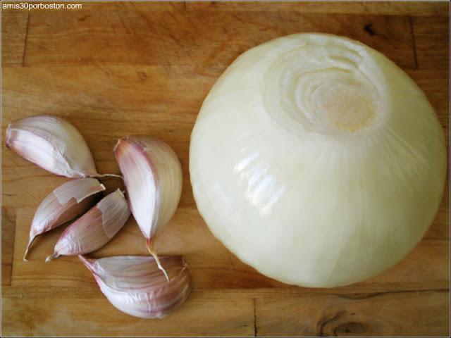 Receta Berenjenas Rellenas al Horno: Cebolla y Ajos