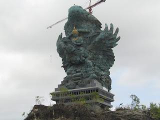 Patung Garuda Wisnu Kencana, Patung Terbesar Di Bali