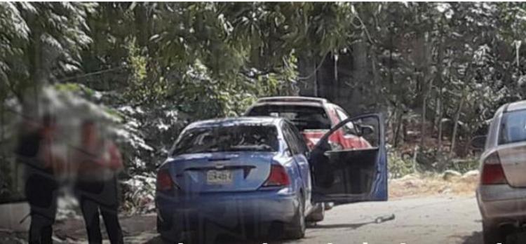 Ejecutan a comandante de policía dentro de un vehículo en Acapulco