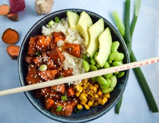 Teriyaki Cauliflower Rice Bowls #vegetarian #dinner