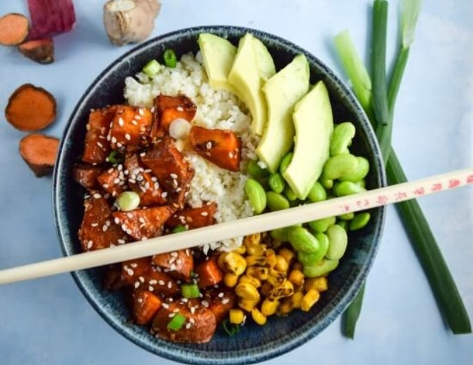 Teriyaki Cauliflower Rice Bowls #vegetarian #dinner