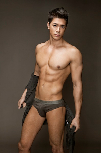 hot male strippers