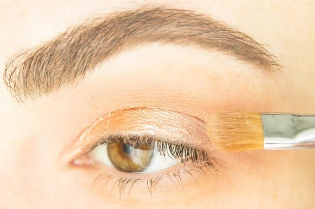 Повседневный макияж бюджетной косметикой: шаг 4