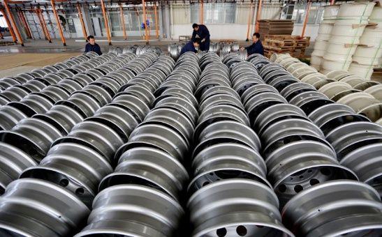 China pide a EE.UU. anular nuevas tasas al acero y aluminio