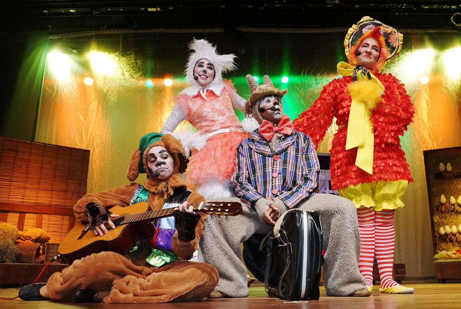 Resultado de imagem para Grupo Stripulia teatro