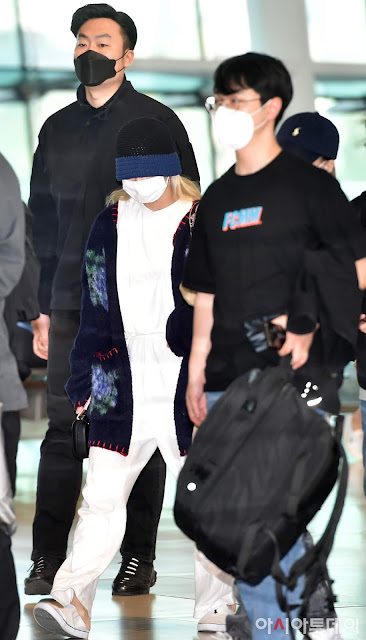 Twice Airport Pictures