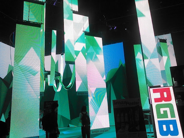 ライブ&産業展で展示されていた新商品の照明です。