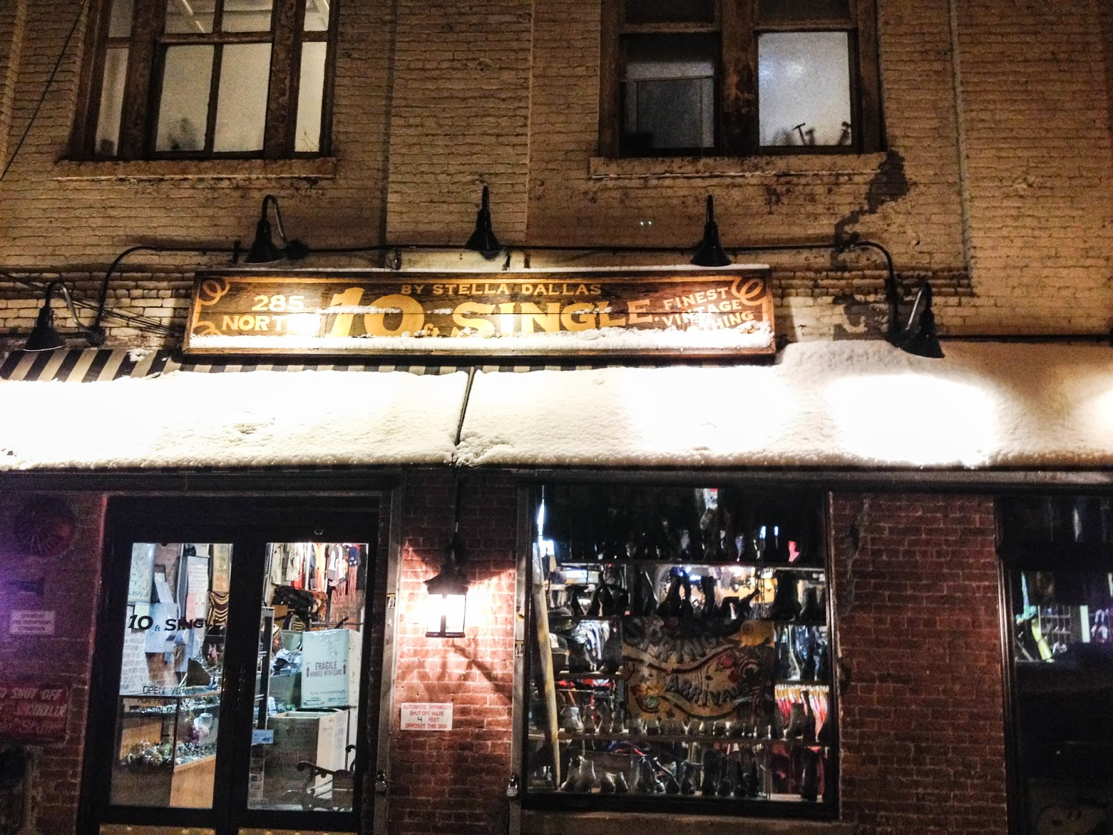 Fresh and Precious: Best Vintage Shops in Brooklyn: 10ft