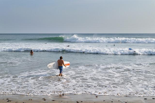 Surfeurs à Playa Maderas