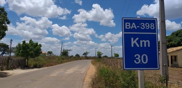 BA-398, entre Acajutiba e Crisópolis está em péssimas condições; Moradores da região pedem a recuperação da via