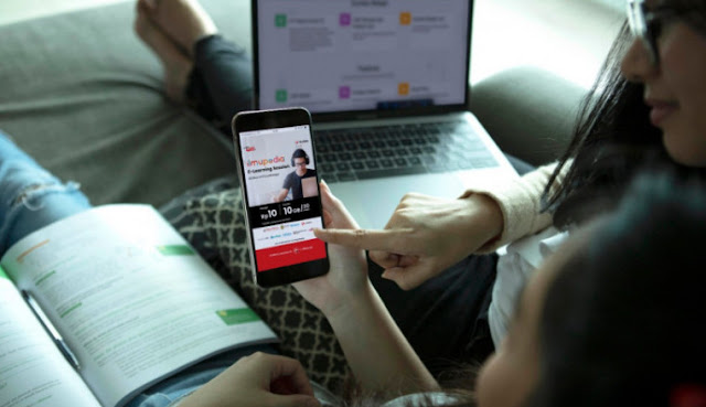 Perusahaan Telekomunikasi Mengalami Kerugian Pada Semester 1 Tahun Ini