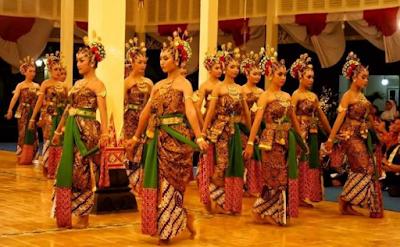 Budaya Lokal di Indonesia Suku Jawa