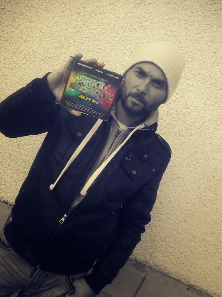Chiqui with a limited CD copy of 'Strictly Nuskool Vol.1'