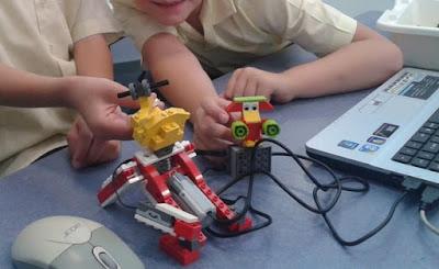 ¿CÓMO ENSEÑAR ROBOTS INDUSTRIALES O ROBÓTICA EN CASA?