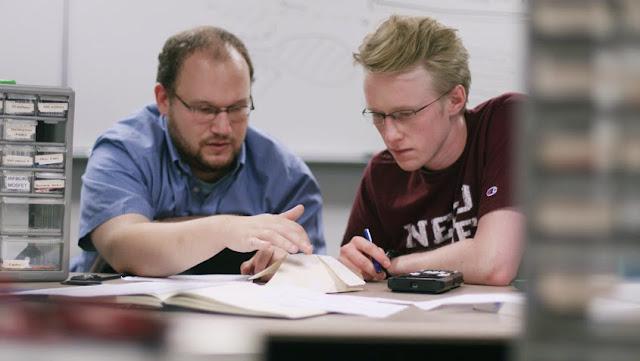 Trinity University engineering professor Josh Schwartz and Eric Schluter