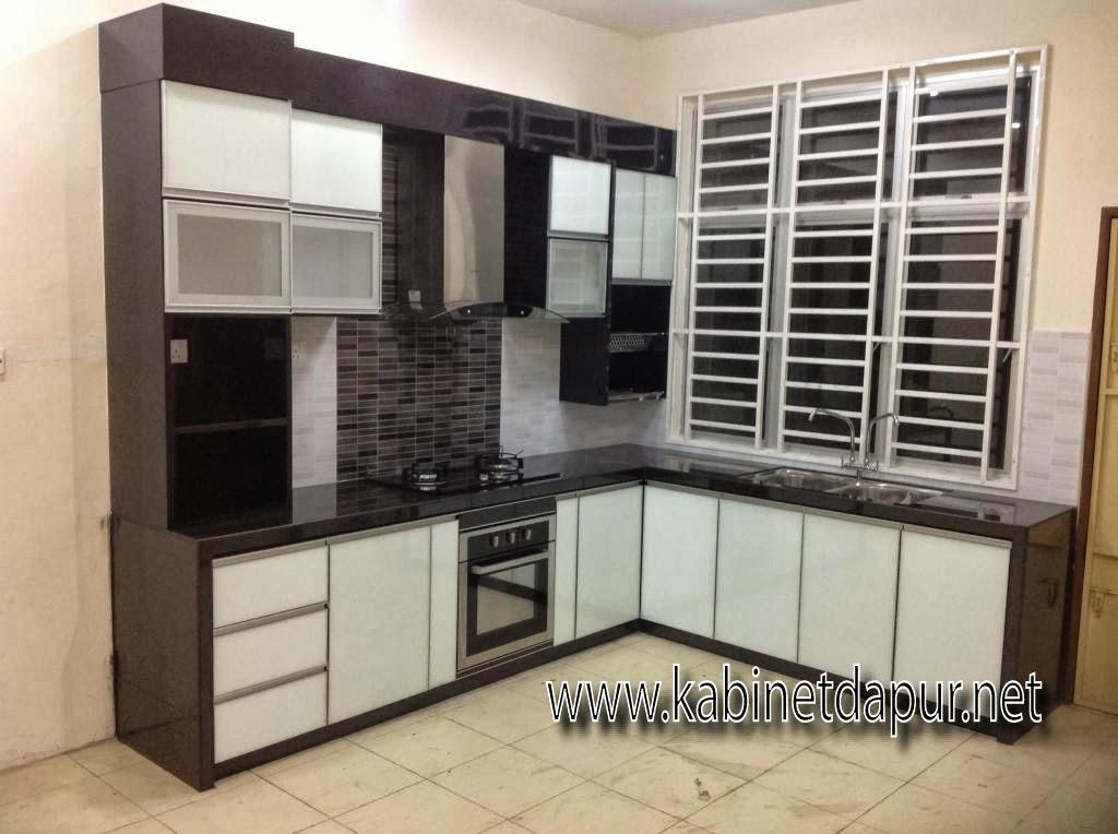 Tuan Rumah Pn Ain Memilih Rekabentuk Kabinet Jenis 3g Gl Dan Formika Table Top Konkrit Kemasan Mozek 2 Kaki