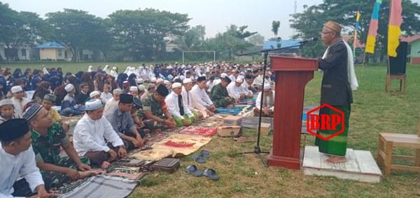 Kemarau Panjang, Warga Kapuas Barat Laksanakan Sholat Istisqa'