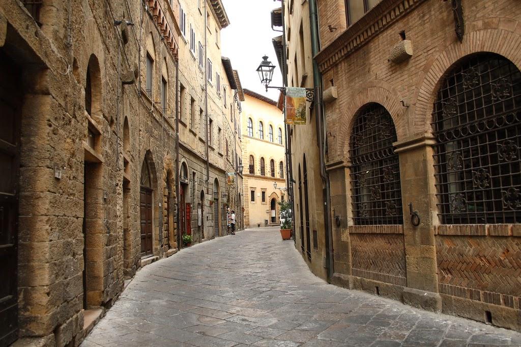 jmenard48 - Volterra