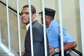 Condenan a 20 de prisión a Donni Santana por incesto contra menor