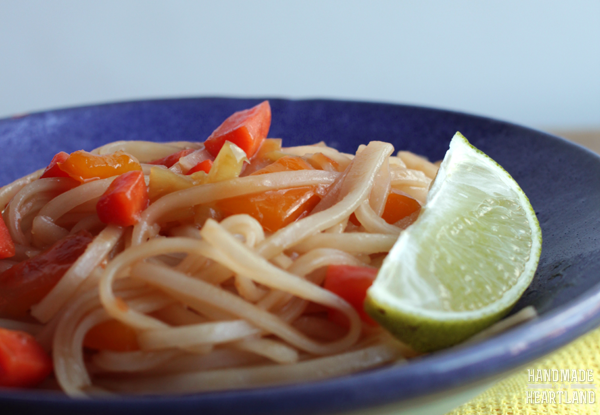 Easy Weeknight Dinner: Veggie Pad Thai