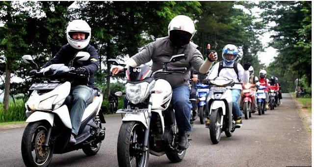 sarung tangan motor untuk touring