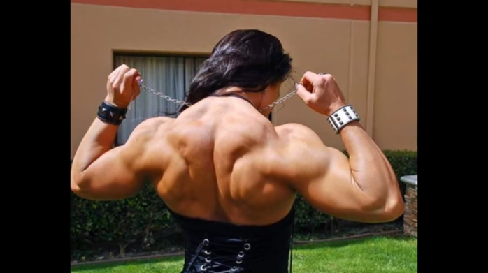 Video Female Bodybuilder, How to Get a Stronger Lower Back