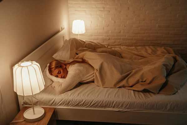 Đèn ngủ làm cơ thể dễ đau ốm và tăng nguy cơ mắc ung thư.