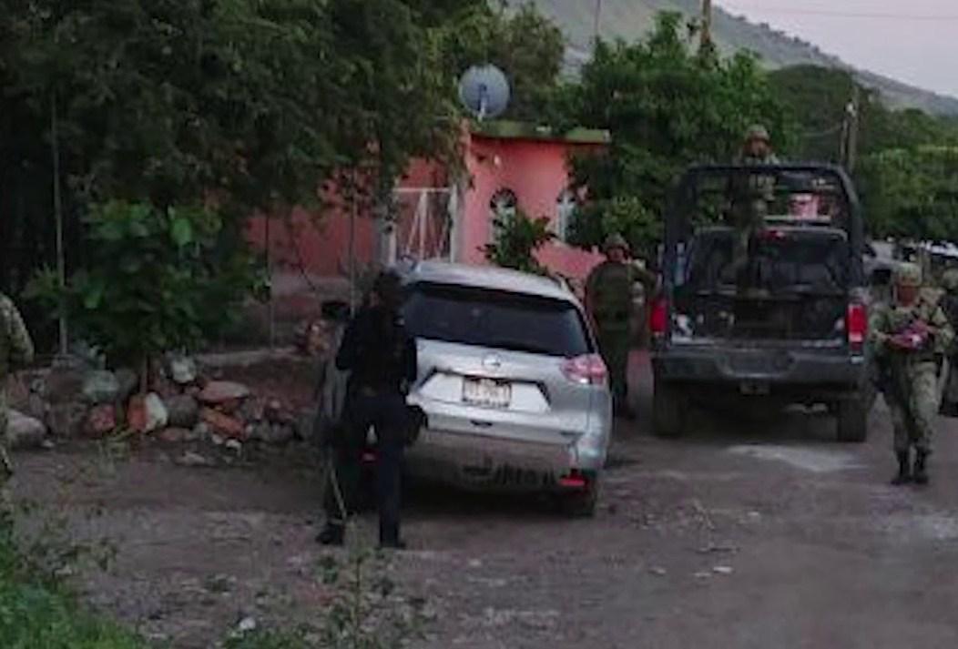 Gatilleros rivales se enfrentan a balazos en la Tierra Caliente michoacana