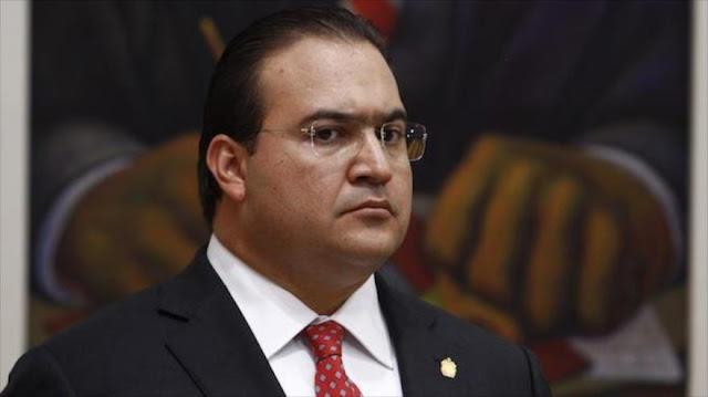 Dimite el gobernador de Veracruz ante denuncias de corrupción