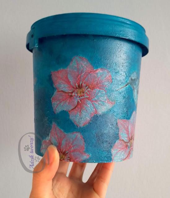 Adzik tworzy - doniczka decoupage upcykling plastiku