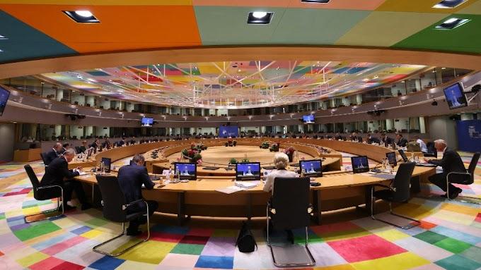Pénzügyi szankciókat követel Magyarország ellen a Financial Times