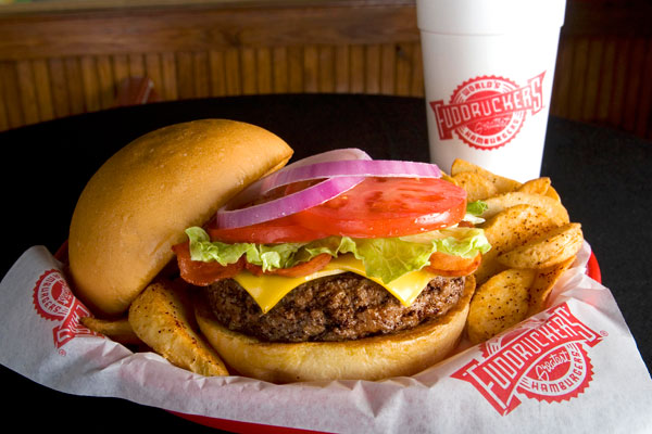 Fuddruckers Is A Restaurant Style Burger House With Cool Environment And Great Food The Restaurants Themselves Often Have An Arcade Themed Decorations