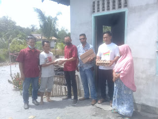 Ketua Melayu Raya kecamatan Selayar kunjungi rumah Warga yang Terkena musibah kebakaran