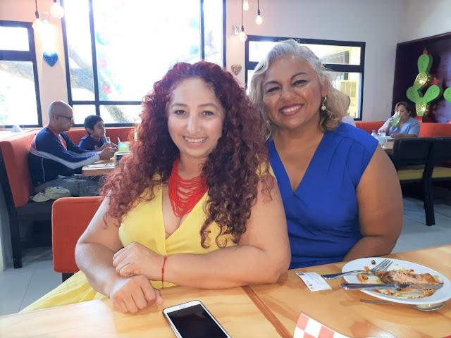 Gina Alfeiran y Yessica Lara.